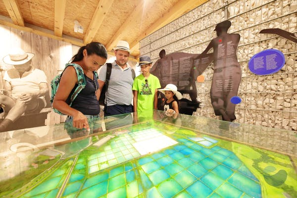 Visit to the House of salt museum in Nin